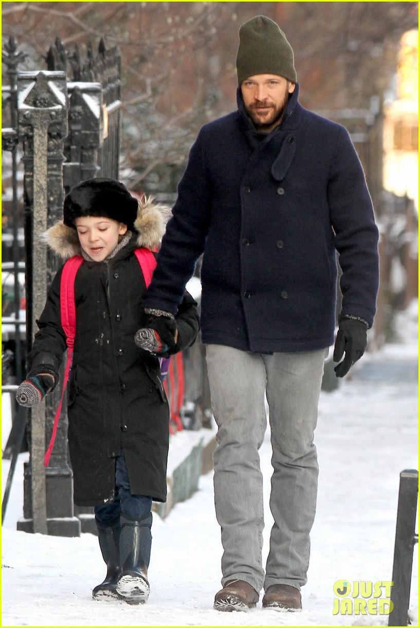 maggie gyllenhaal new york weather is bringing me down 043044922