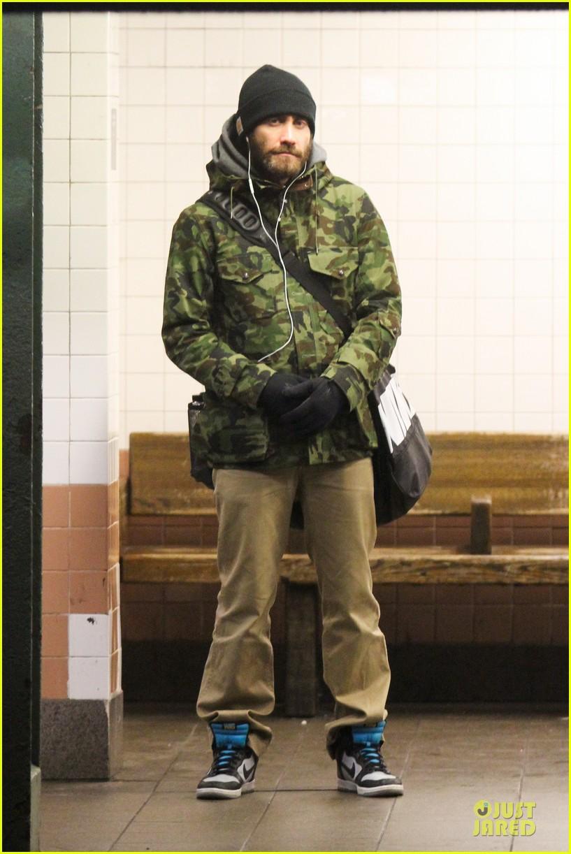 jake gyllenhaal steps out after rumored split with alyssa miller 013027401