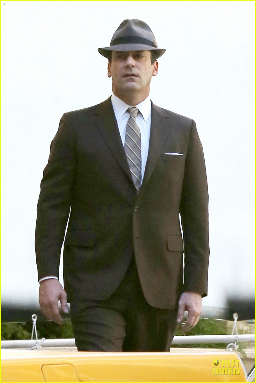 jon hamm mad men final season premieres on april 13 04