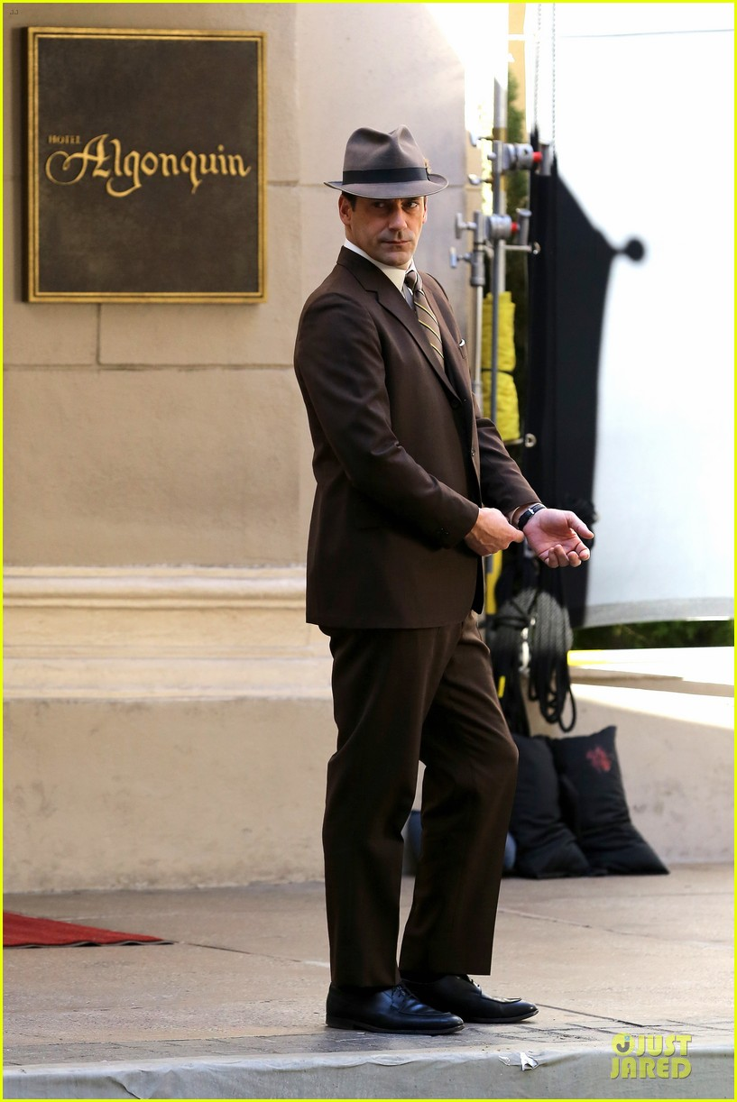 jon hamm mad men final season premieres on april 13 093031401