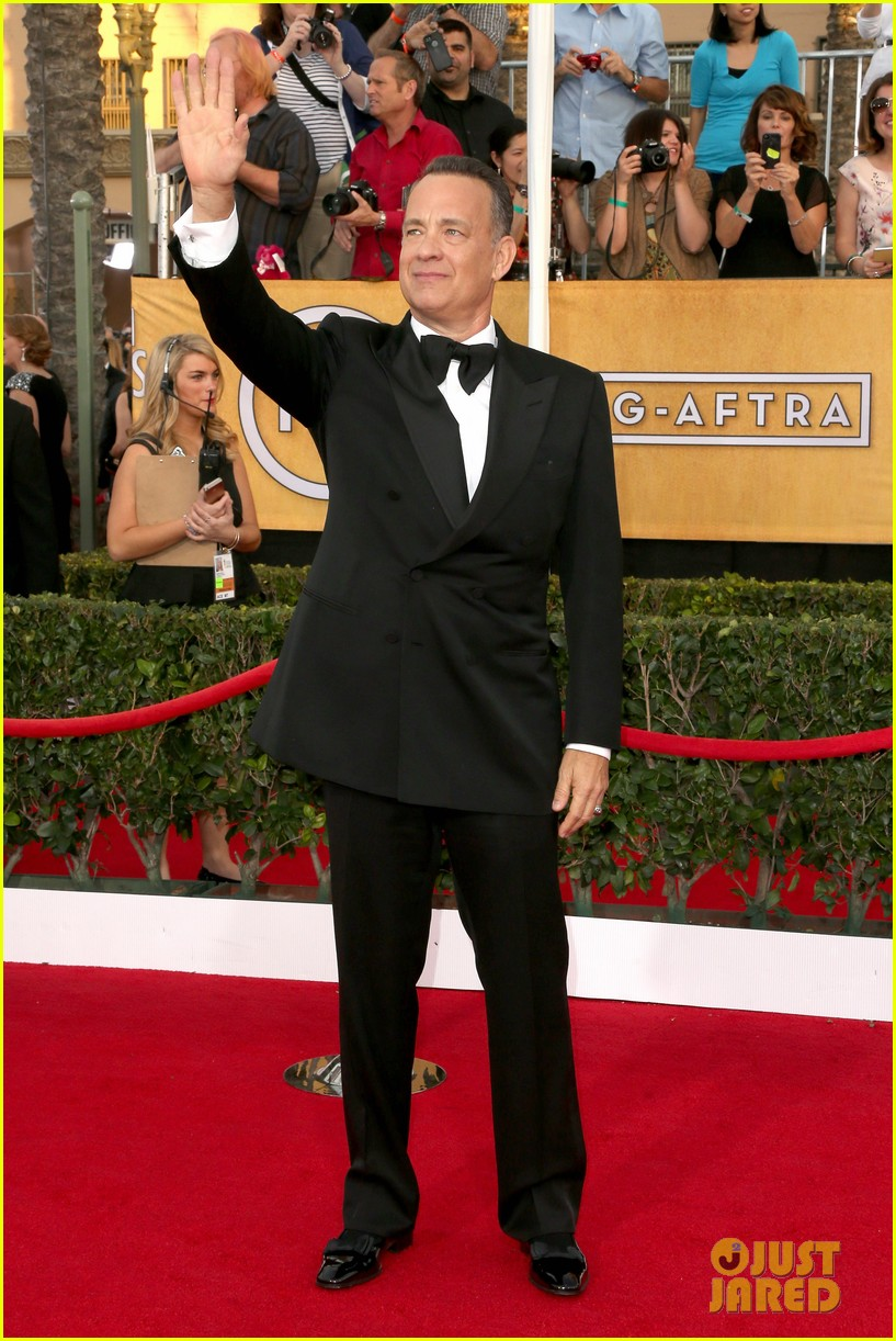 tom hanks sag awards 2014 red carpet with rita wilson 023034773