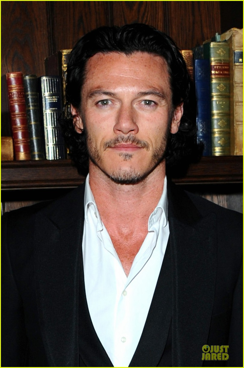 kit harington luke evans london collections esquire party 043024146