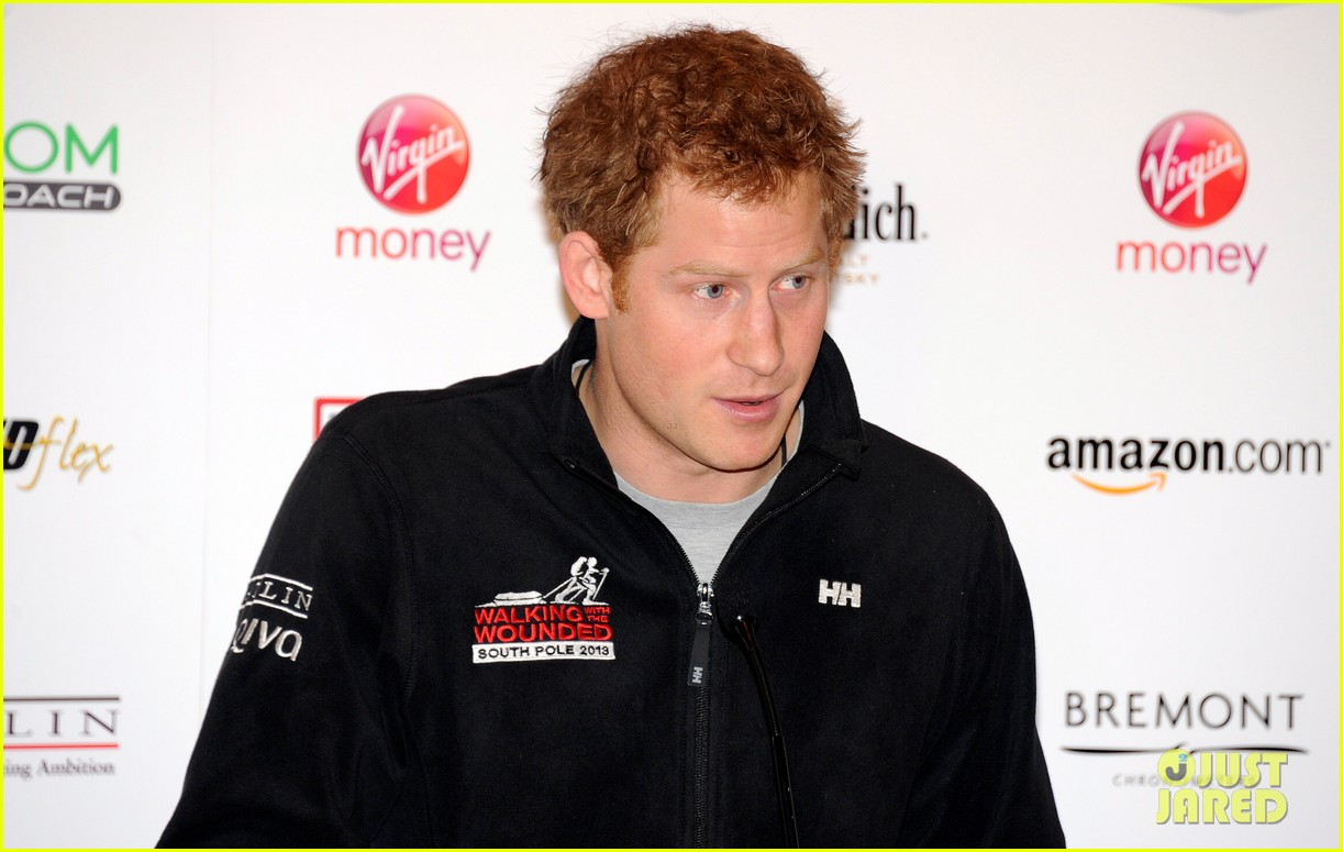 prince harry debuts freshly shaved face at south pole press conference 103037052