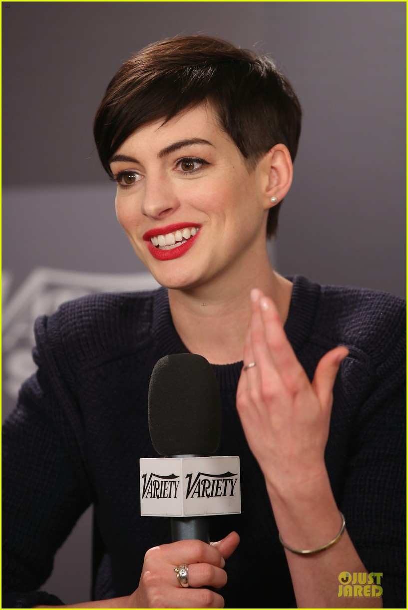 anne hathaway near drowning stories were false 10