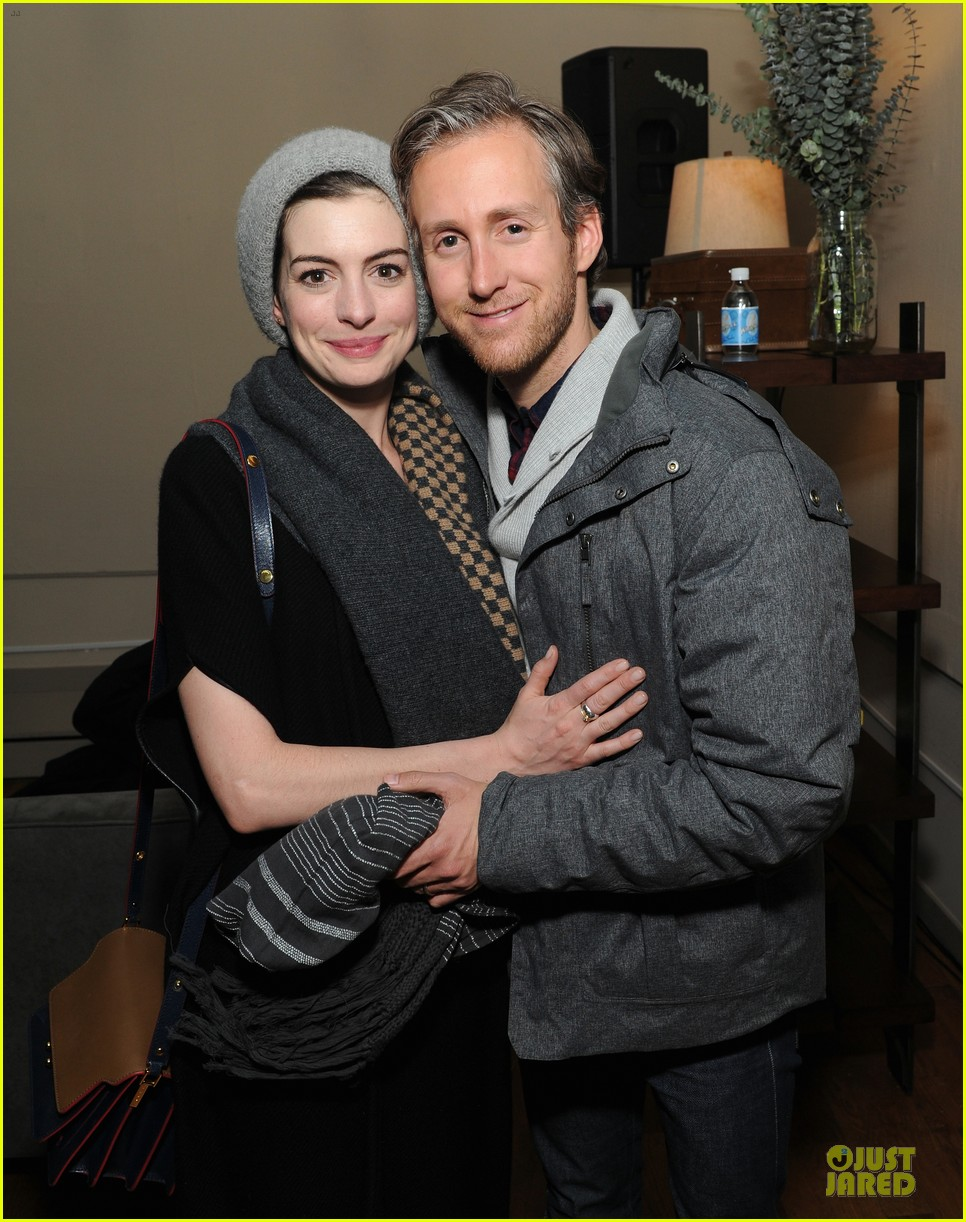anne hathaway adam shulman the one i love after party 01
