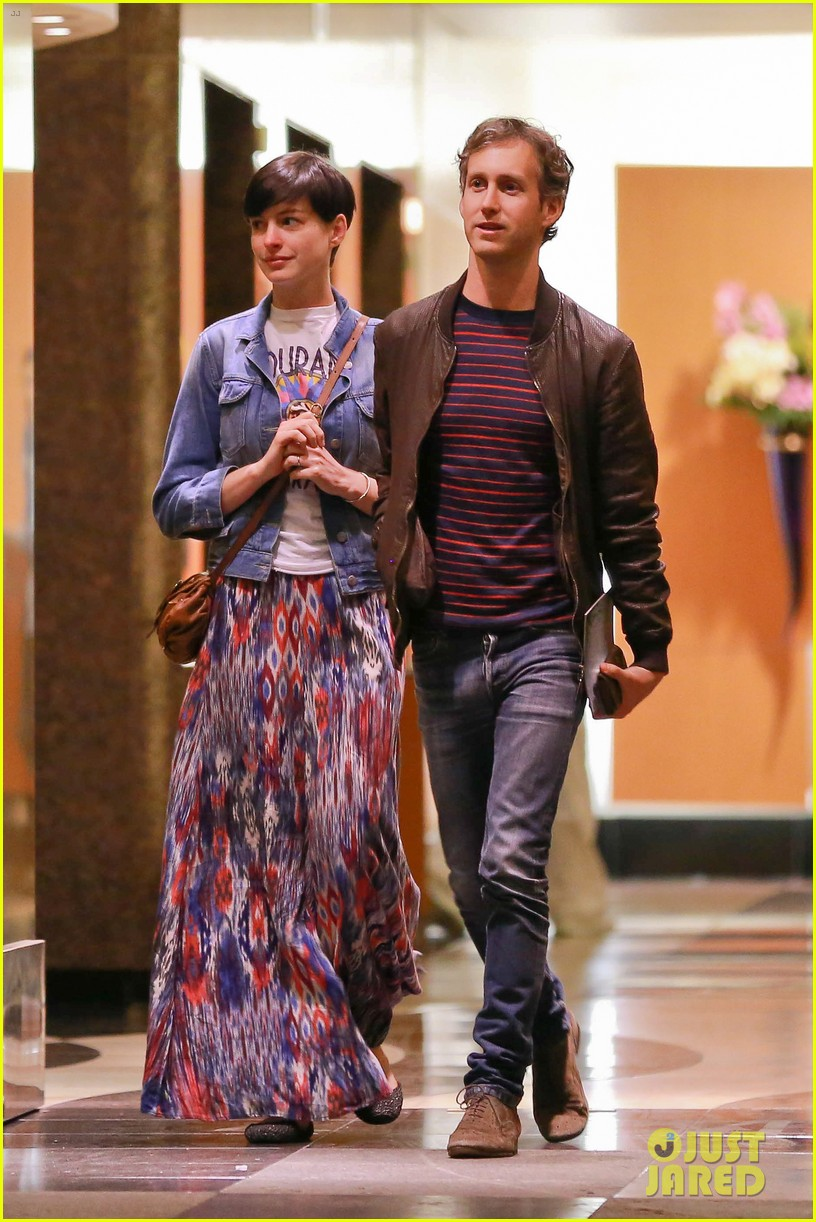 anne hathaway left silver linings playbook role over creative differences 013032486