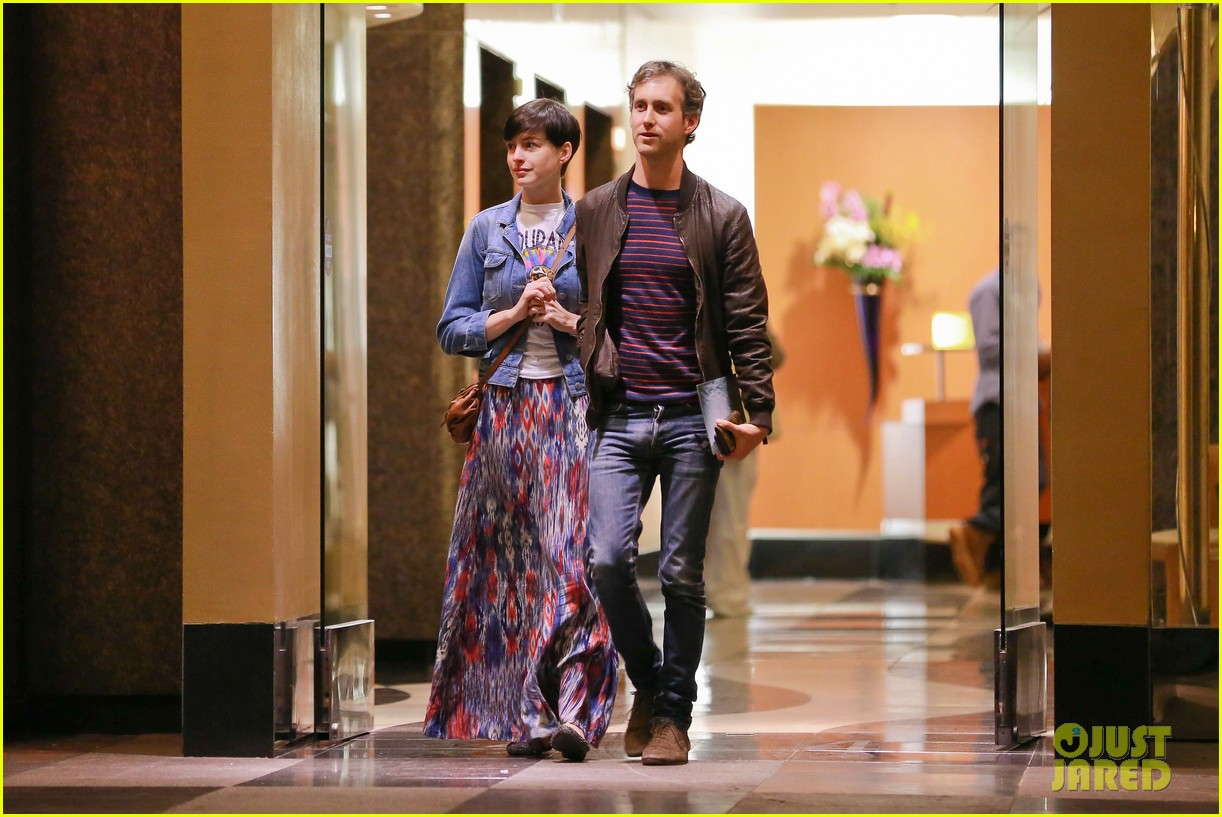 anne hathaway left silver linings playbook role over creative differences 093032494