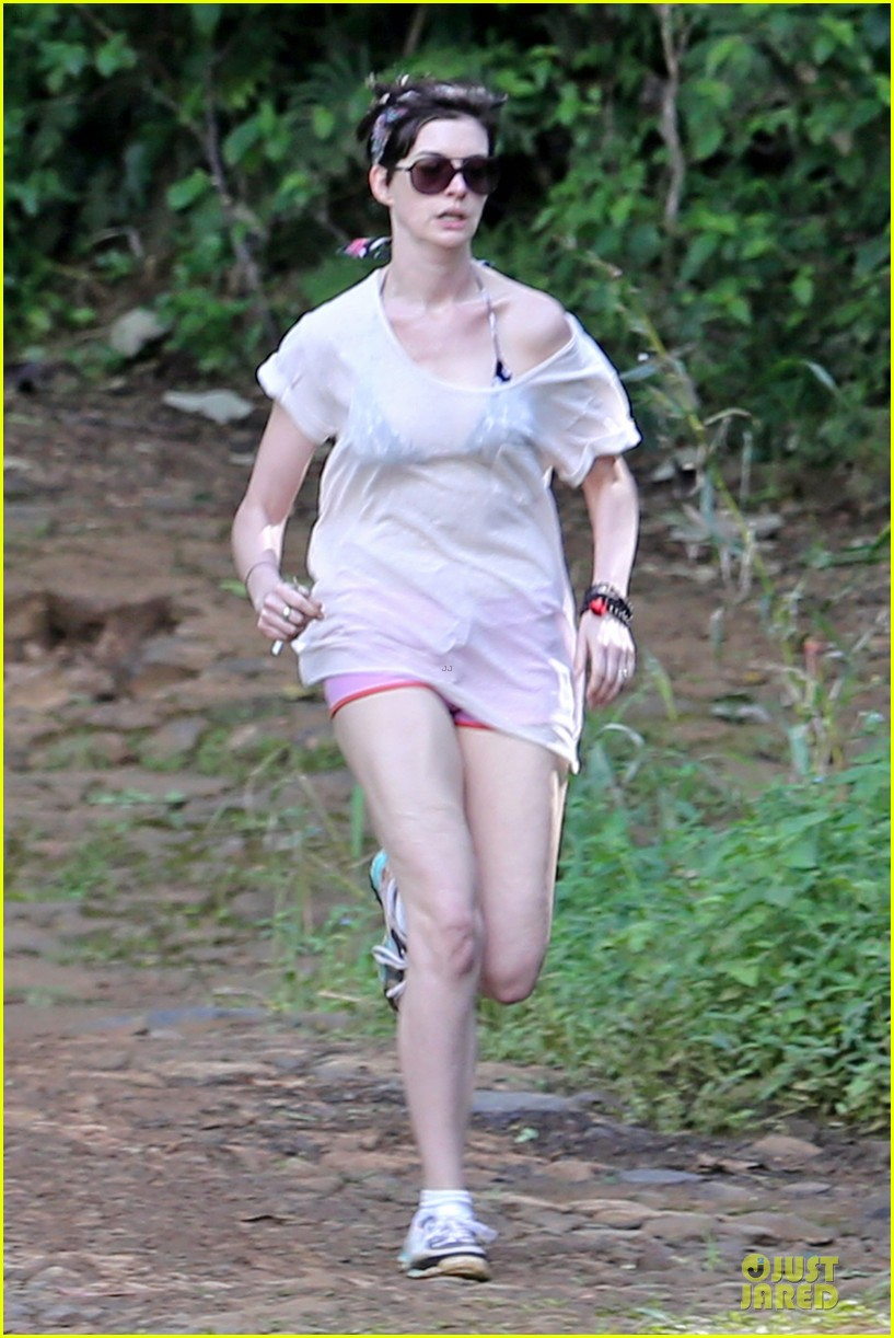 anne hathaway song one set for sundance premiere 143025040