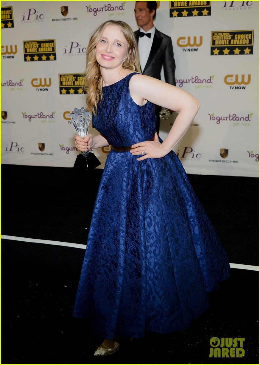 ethan hawke julie delpy win at critics choice awards 2014 083033132