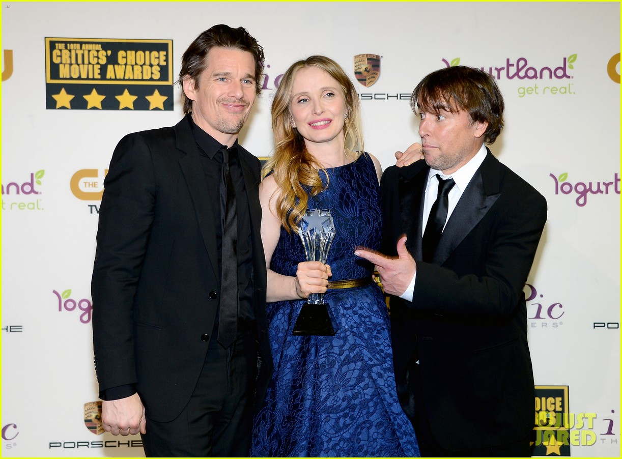 ethan hawke julie delpy win at critics choice awards 2014 12