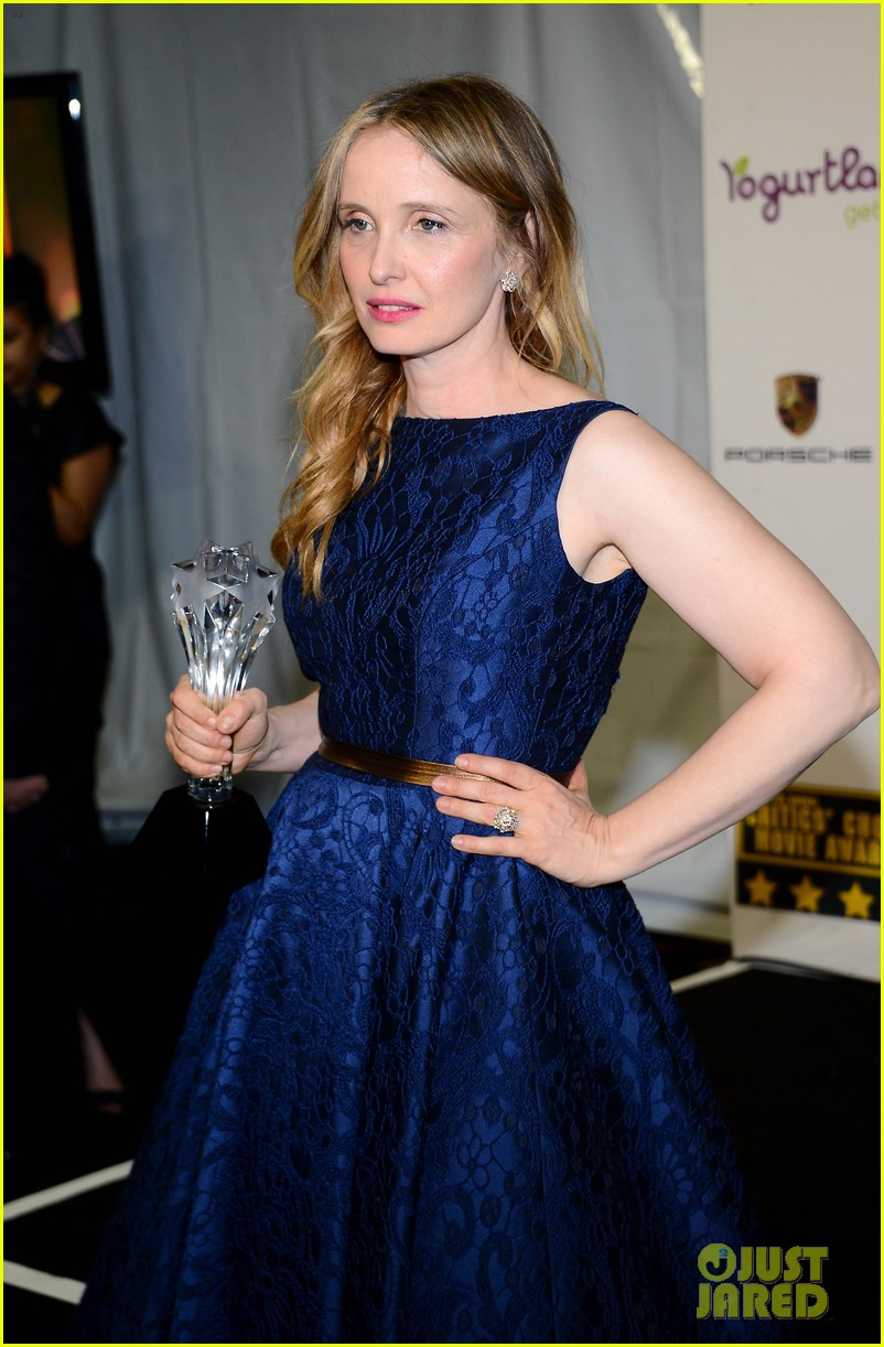 ethan hawke julie delpy win at critics choice awards 2014 133033137