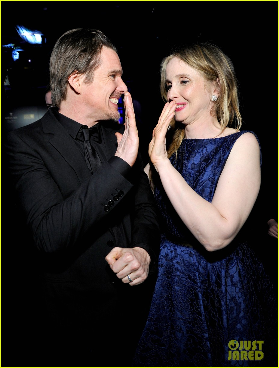 ethan hawke julie delpy win at critics choice awards 2014 163033140