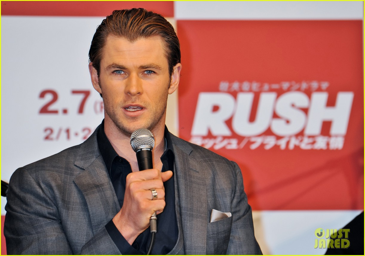 chris hemsworth rush tokyo press conference 033042669