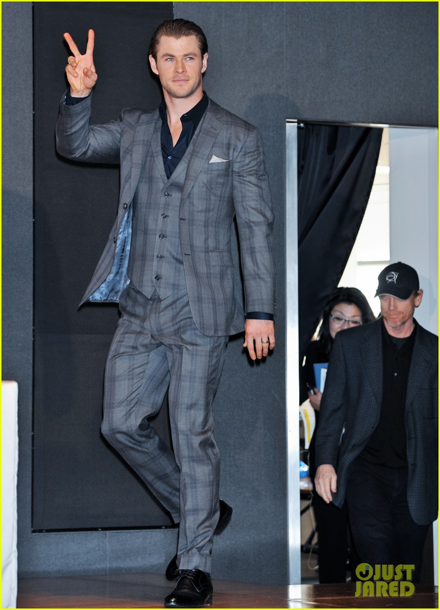 chris hemsworth rush tokyo press conference 053042671