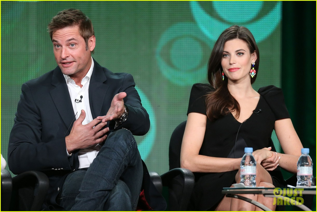 josh holloway meghan ory intelligence panel at tca tour 093032245