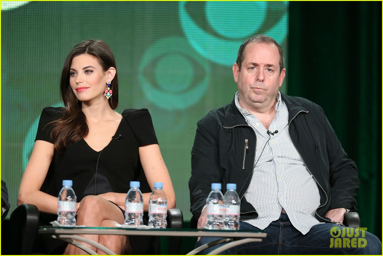 josh holloway meghan ory intelligence panel at tca tour 15