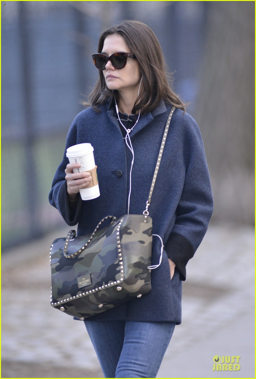 katie holmes raves on zachary quinto glass menagerie 04