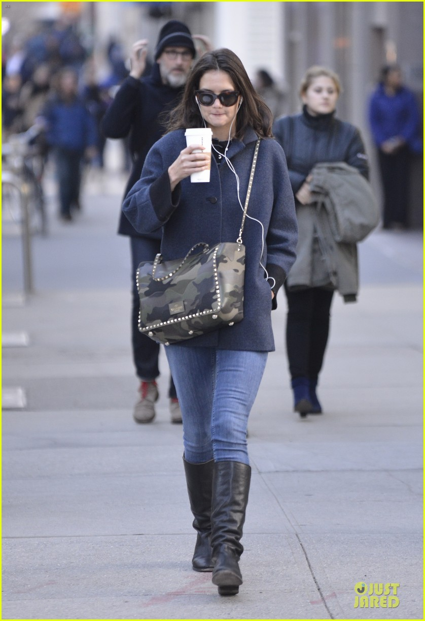 katie holmes raves on zachary quinto glass menagerie 093033928