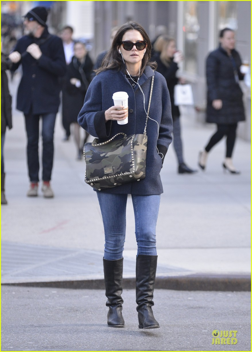 katie holmes raves on zachary quinto glass menagerie 143033933