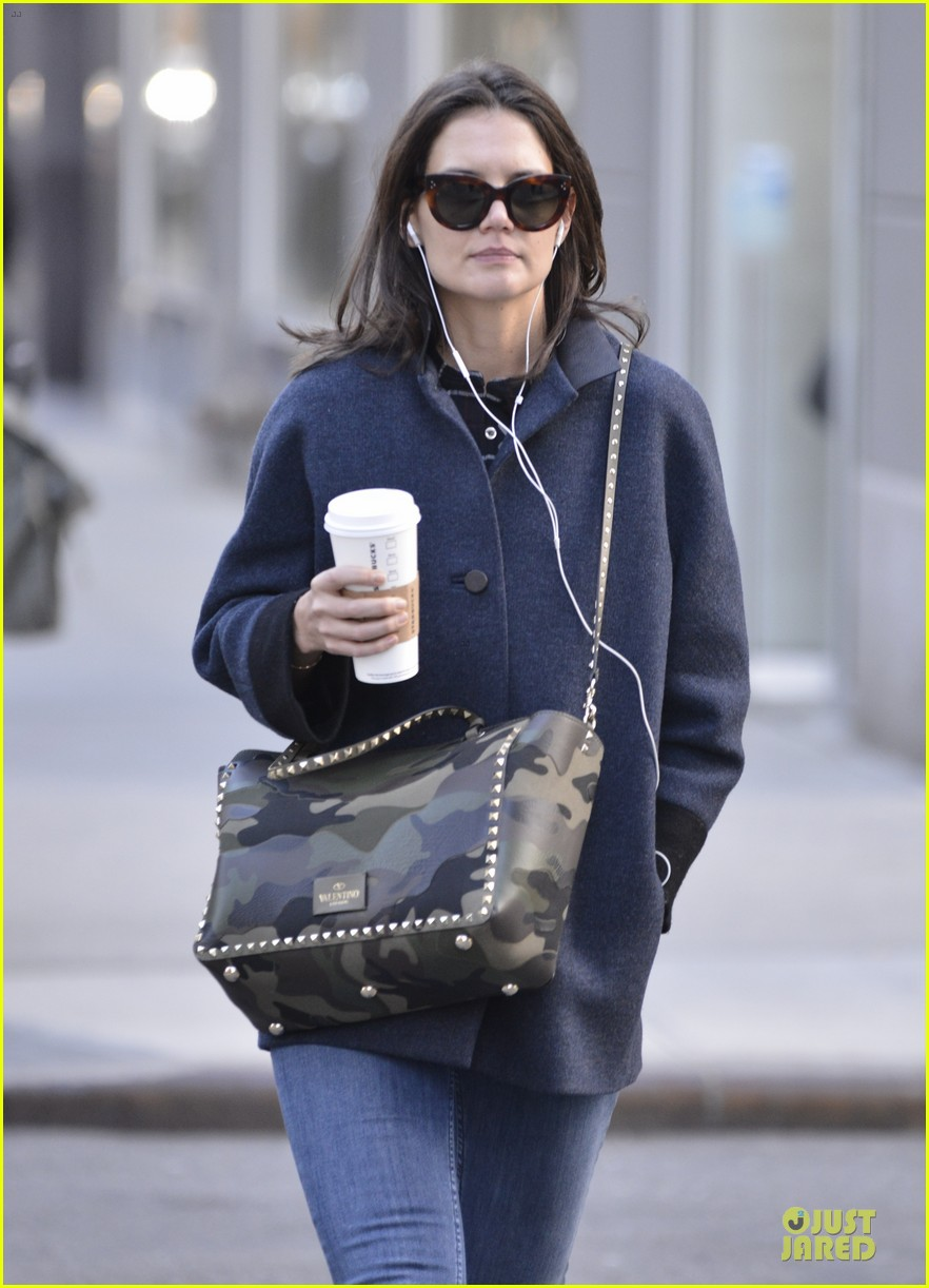 katie holmes raves on zachary quinto glass menagerie 163033935