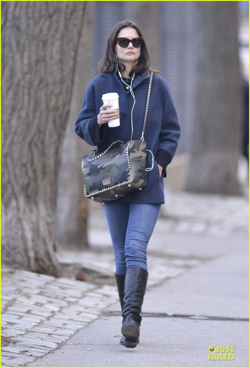 katie holmes raves on zachary quinto glass menagerie 183033937