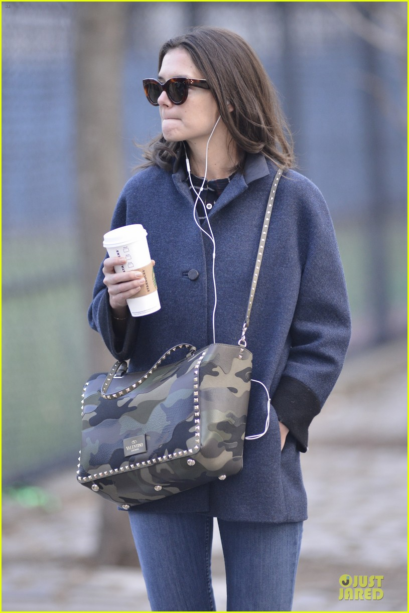 katie holmes raves on zachary quinto glass menagerie 223033941