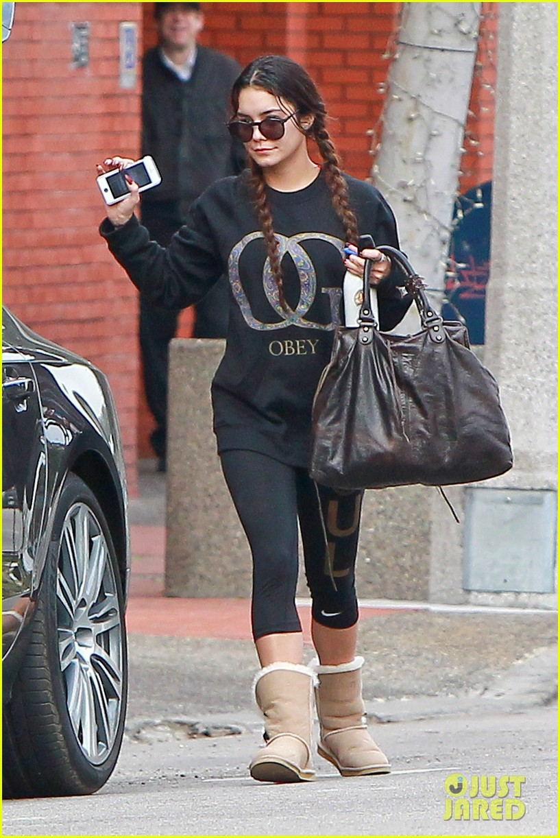 vanessa hudgens credits croissants for gimme shelter weight gain 053041765