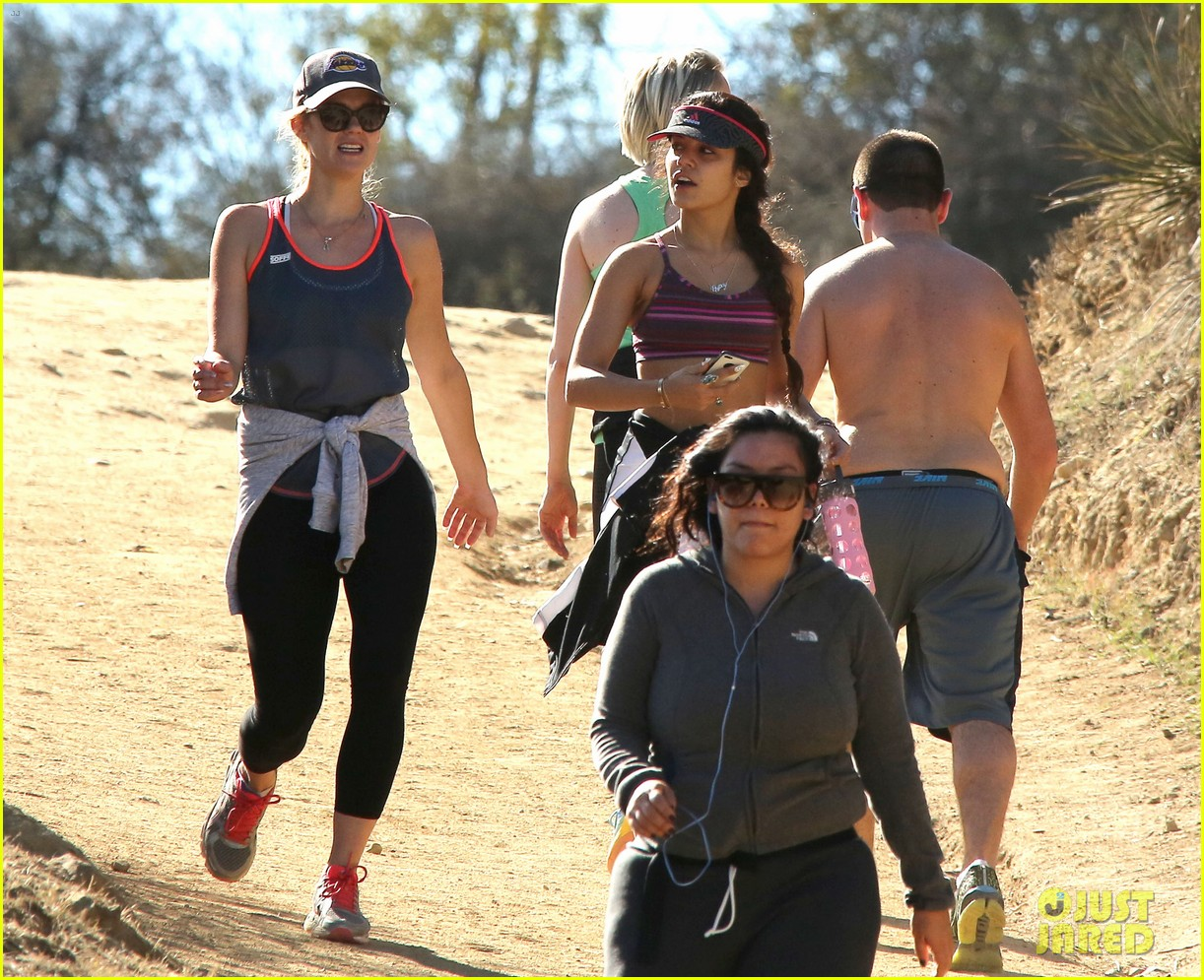 vanessa hudgens hikes her way into the new year 06