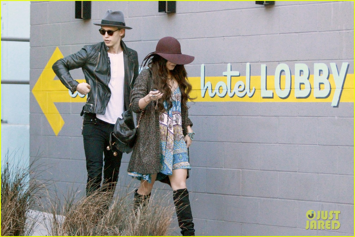 vanessa hudgens hangs with austin butler before leno taping 063032282