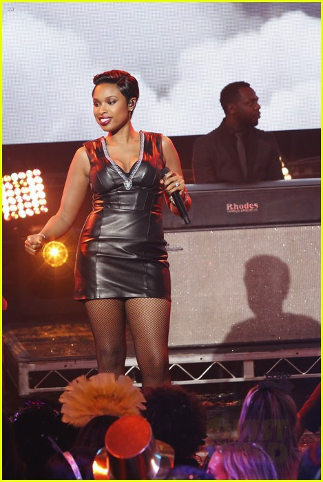 jennifer hudson belts it out for new years eve 2014 video 013020863