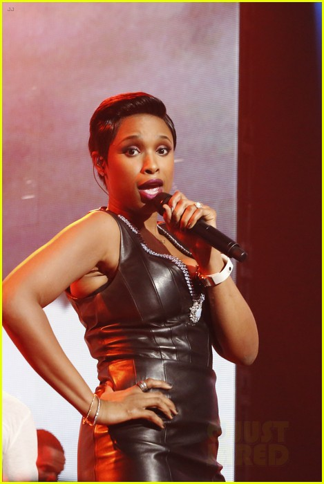 jennifer hudson belts it out for new years eve 2014 video 02