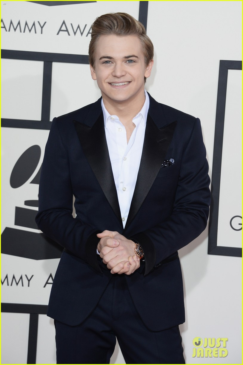 hunter hayes grammys 2014 red carpet 013040921