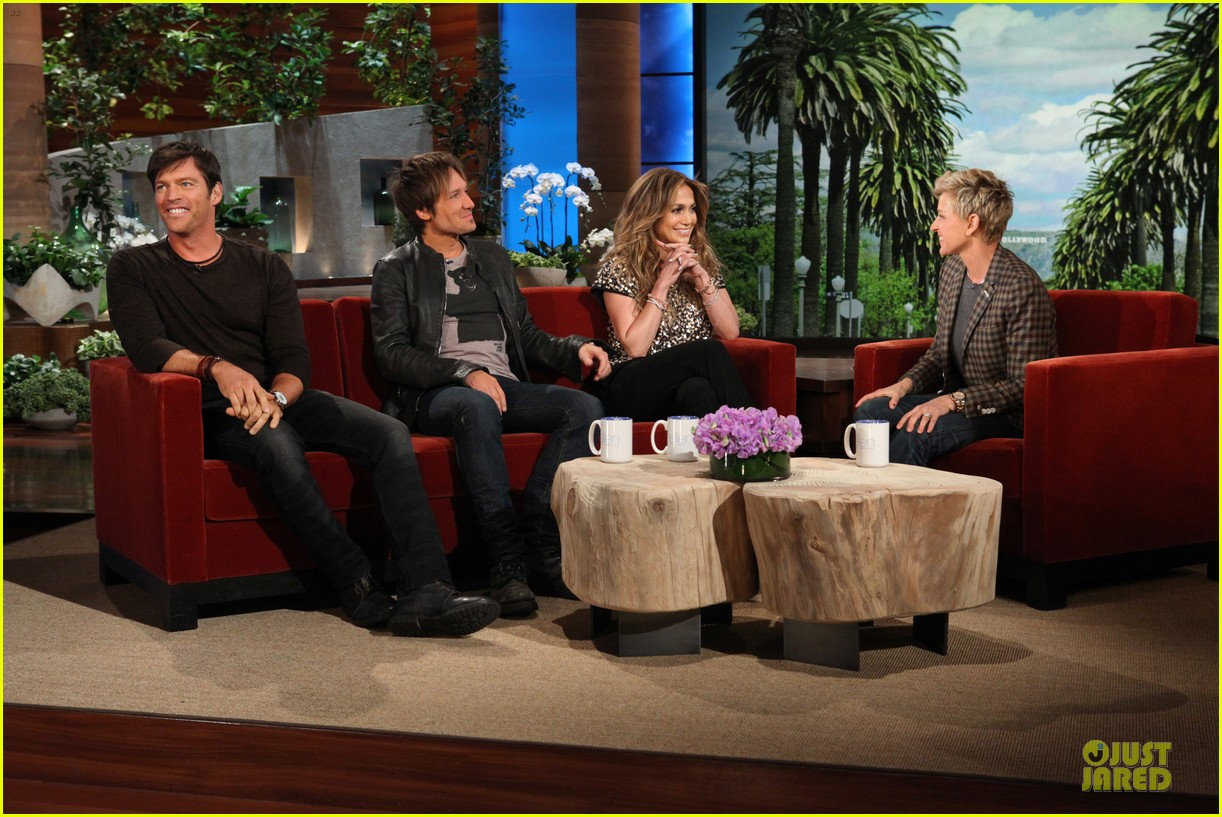 american idol judges play heads up on ellen 023031591