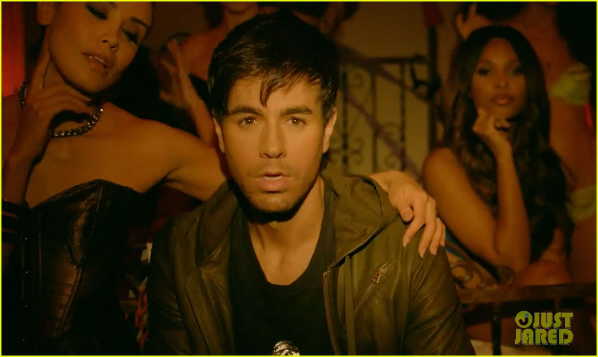 enrique iglesias pitbull im a freak video exclusive sneak peek 013043866