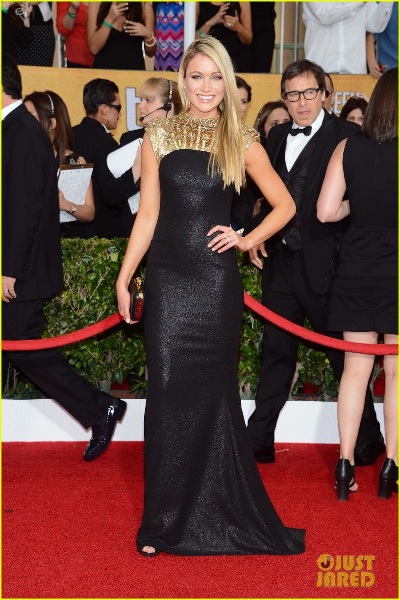 jane krakowski katrina bowden sag awards 2014 red carpet 04