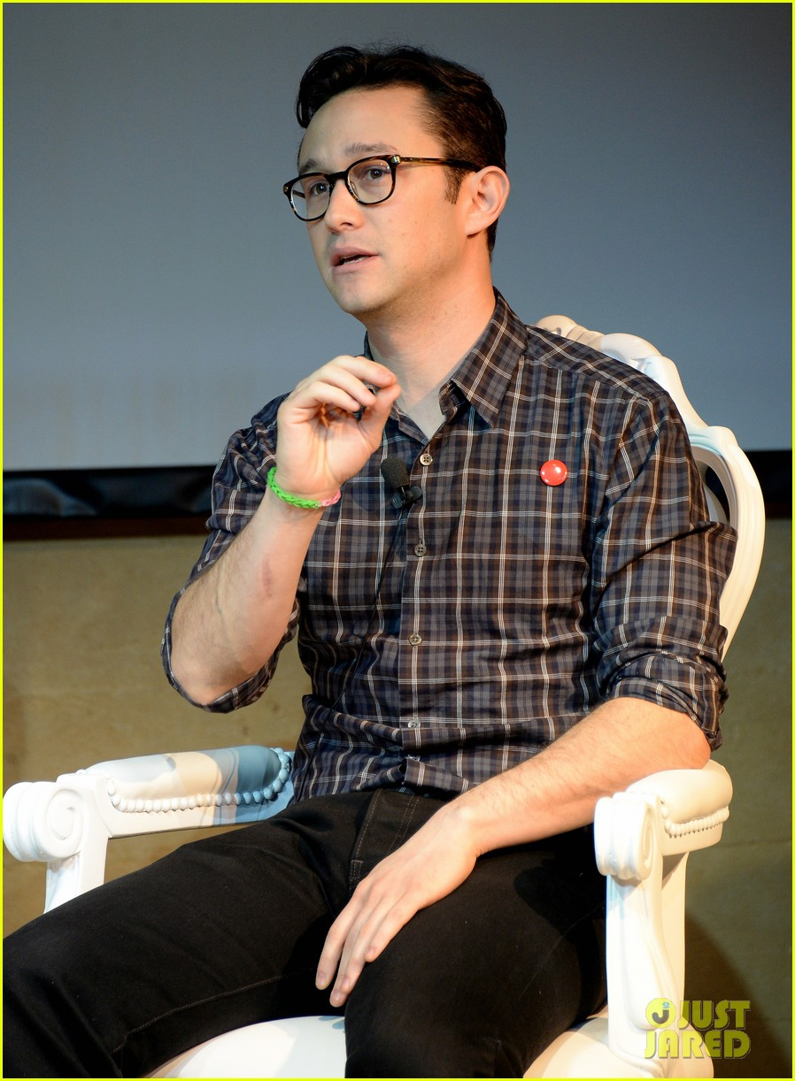 joseph gordon levitt sundance hitrecord are very similar 013035983