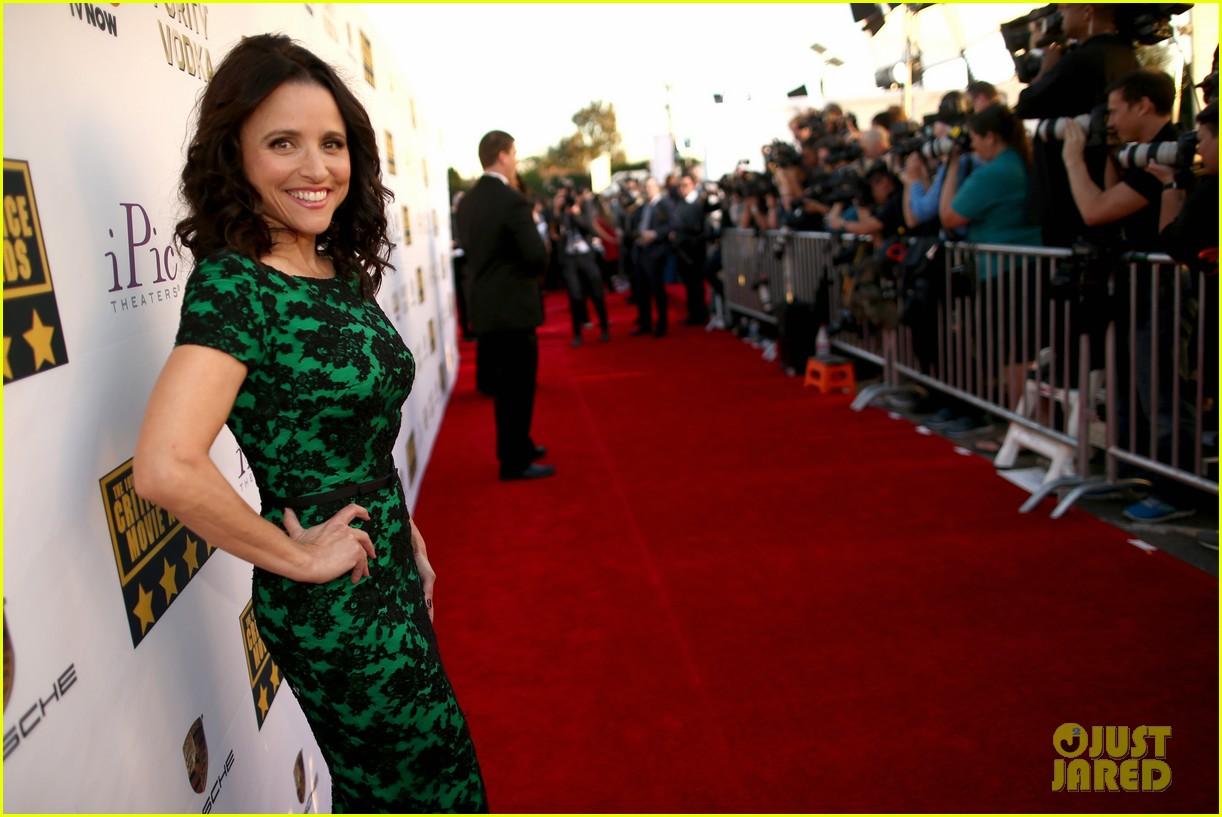 julia louis dreyfus critics choice movie awards 2014 023033040