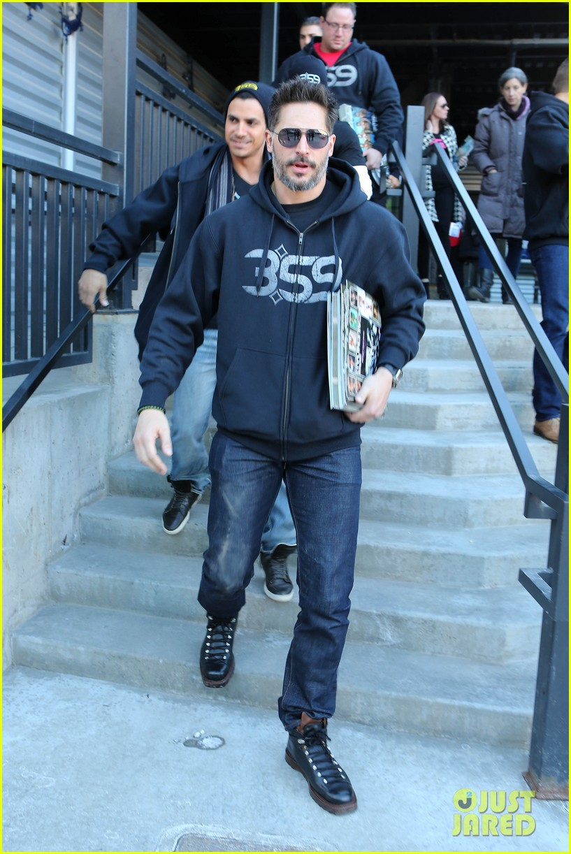 joe manganiello promotes la bare at sundance 013036292