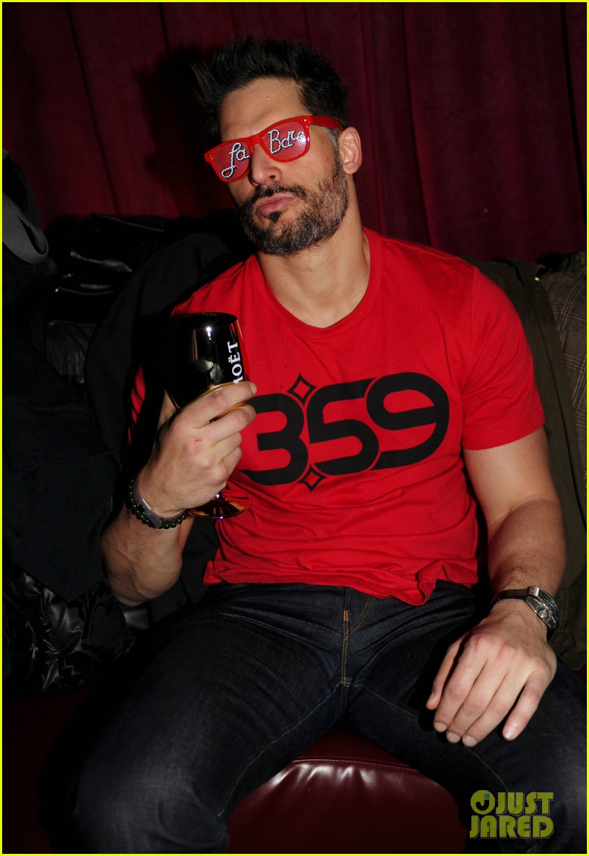 joe manganiello promotes la bare at sundance 02