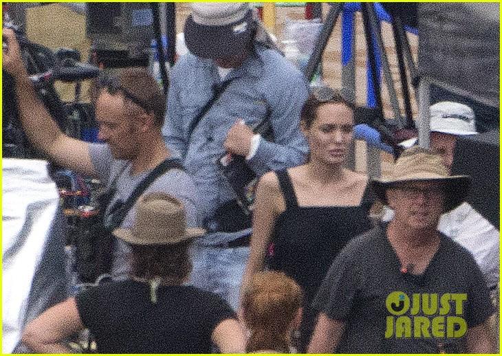 angelina jolie continues directing unbroken in australia 083039256