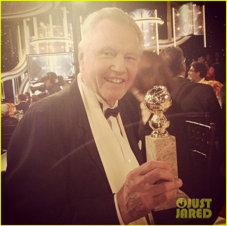 jon voight wins best supporting actor golden globes 2014 043029589
