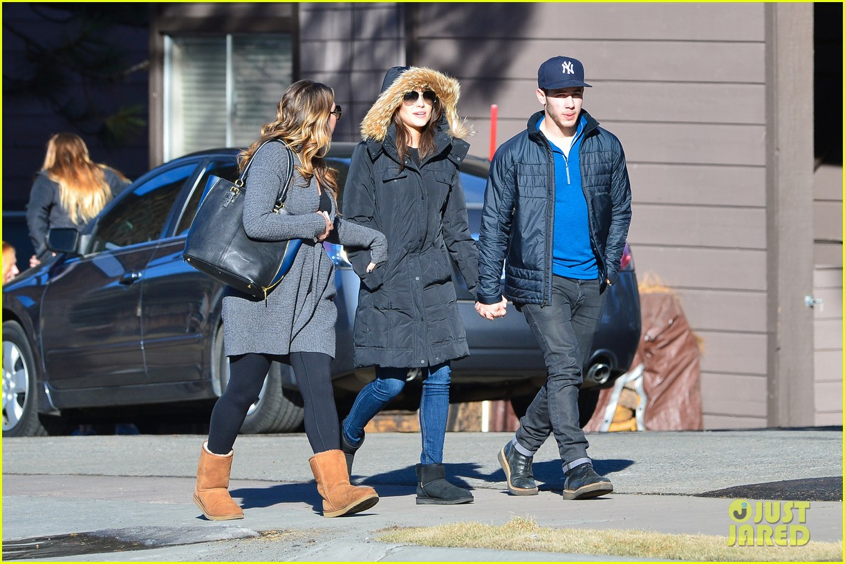 nick jonas olivia culpo hold hands in chilly mammoth 213021547