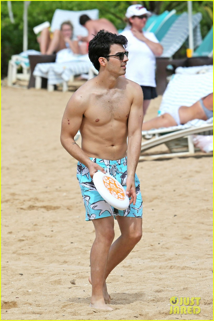 joe jonas shirtless beach frisbee player in hawaii 013023726