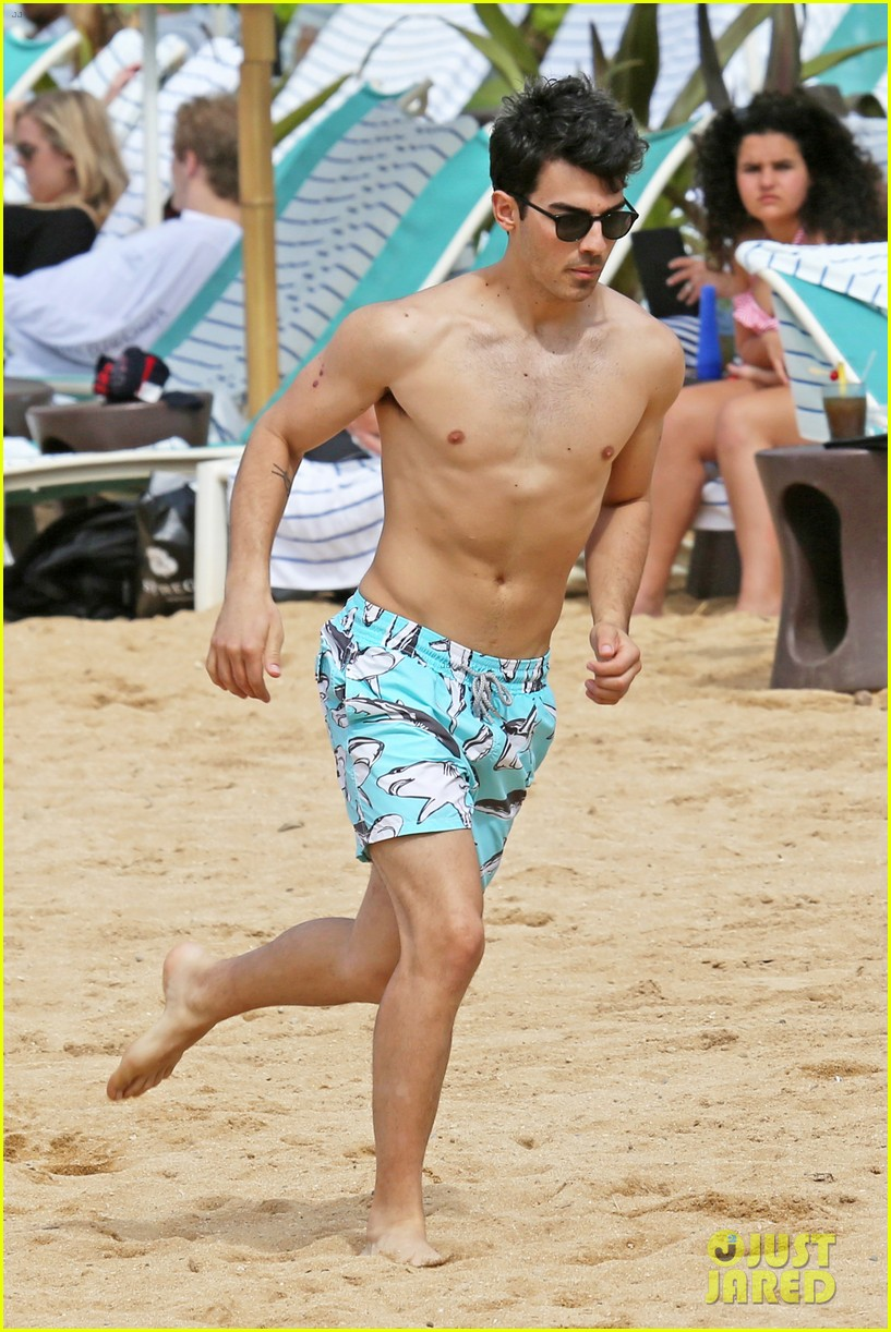 joe jonas shirtless beach frisbee player in hawaii 183023743