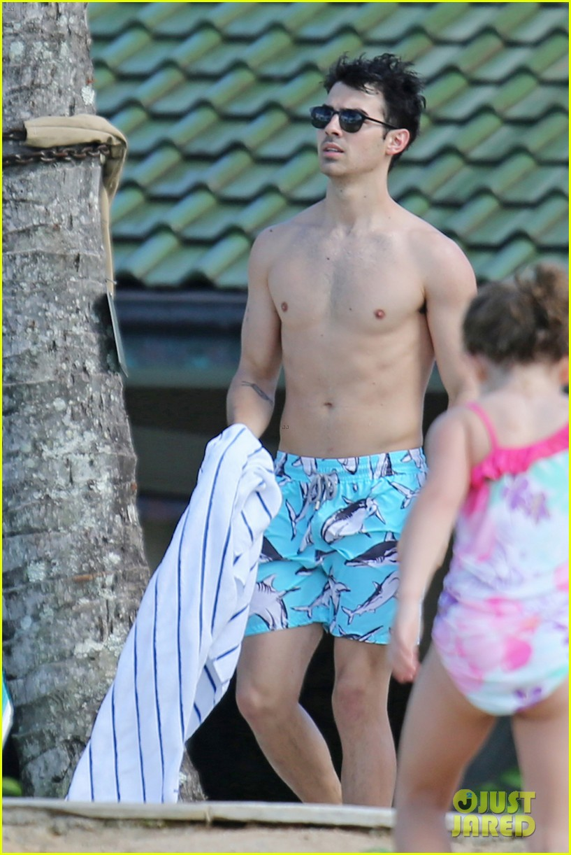 joe jonas shirtless beach frisbee player in hawaii 243023749