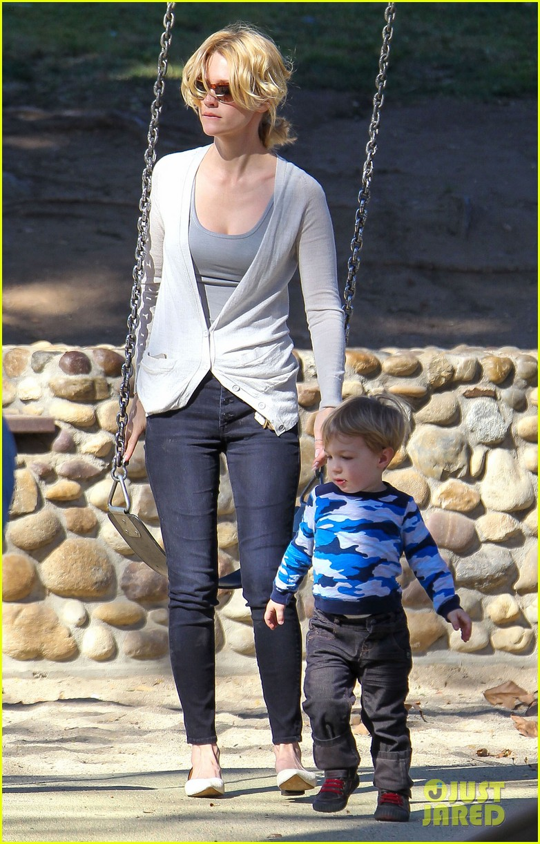 january jones joins instagram rides swings with xander 153039073