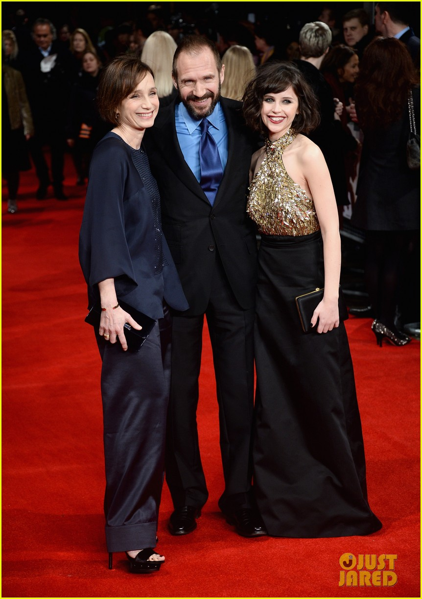 felicity jones ralph fiennes invisible woman uk premiere 083042159