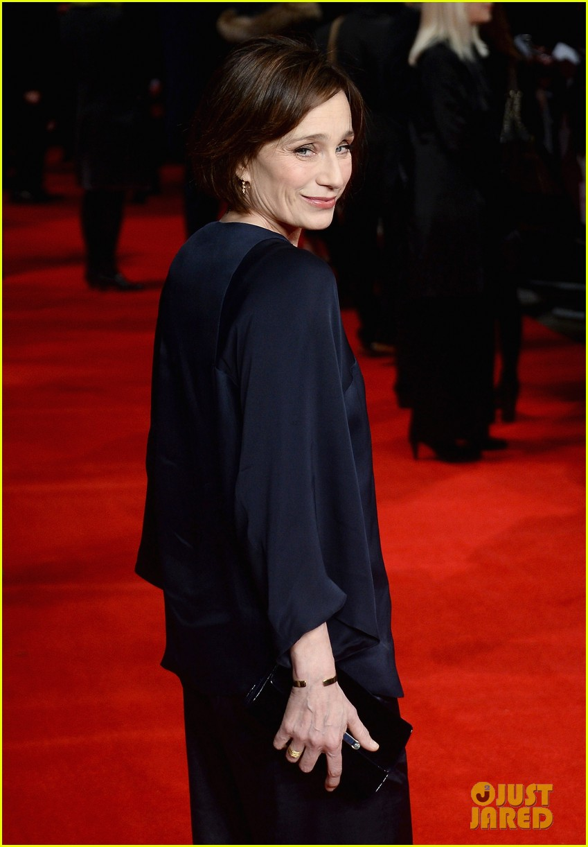 felicity jones ralph fiennes invisible woman uk premiere 09