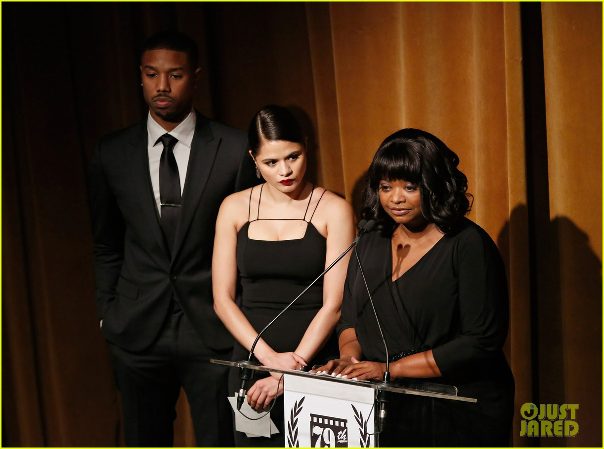 michael b jordan presents at nyfcc awards with fruitvale station co stars 023024455