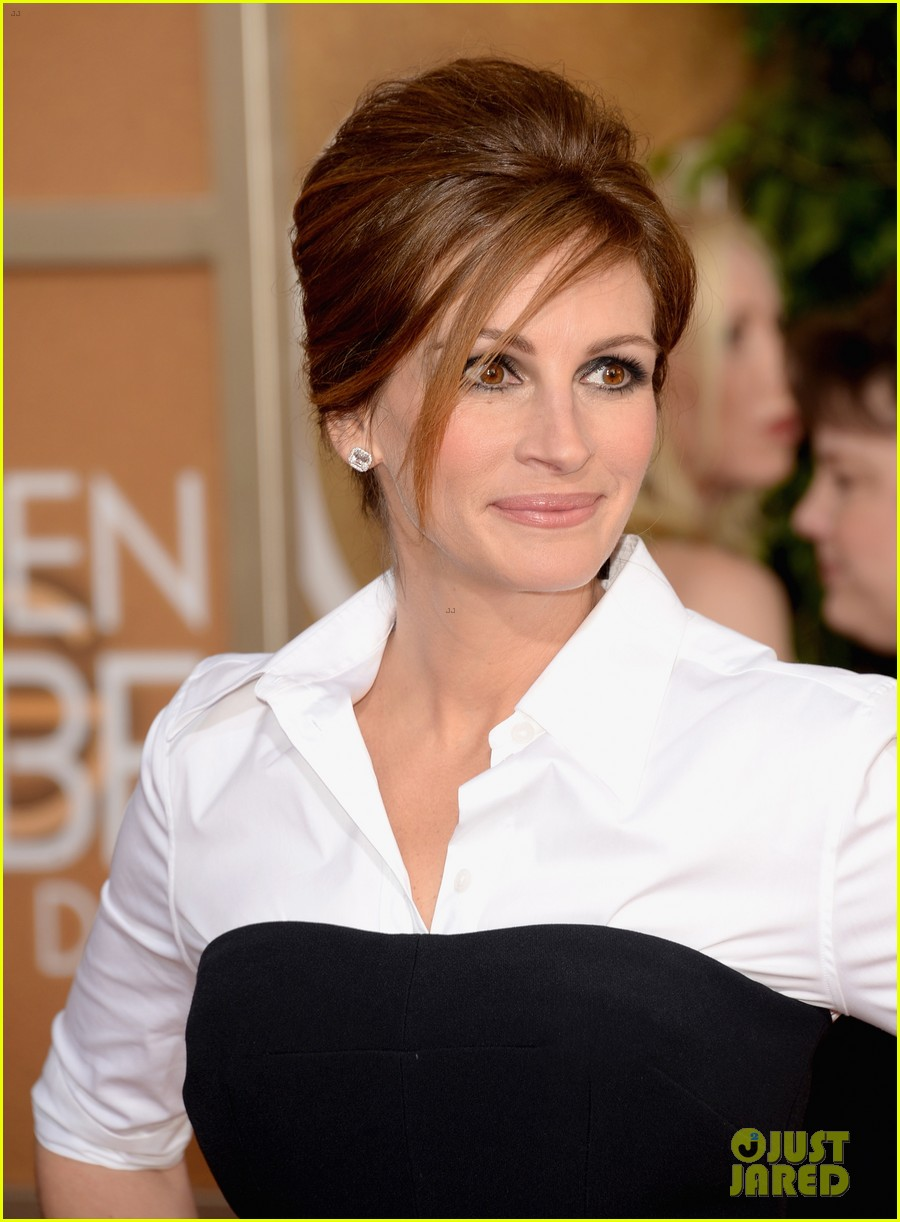 julia roberts golden globes 2014 red carpet 033029324